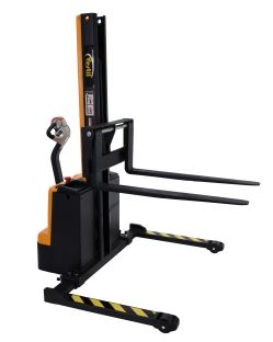 narrow mast stacker 3