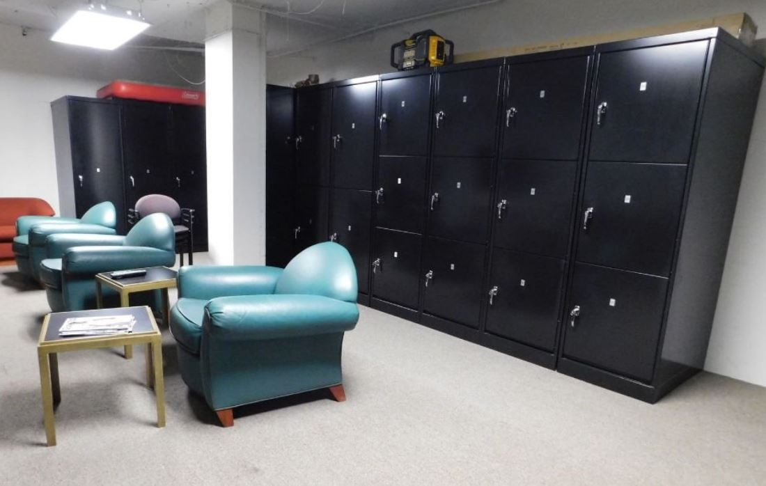 rhino lockers in action