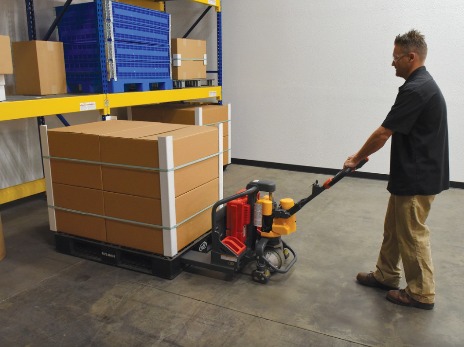 compact pallet truck